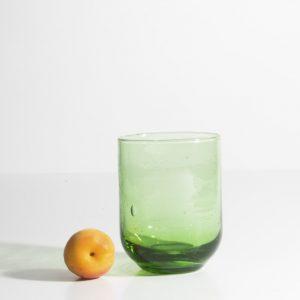 kessy-beldi-trinkglas-aus-recyceltem-glas-gruen-f3v.jpg